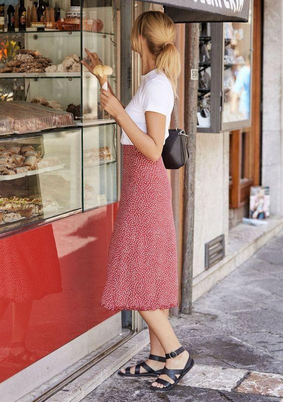 Как одеваться в французском стиле летом
