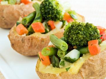 Картошка в духовке, овощи, масло, специи, соль, картофель