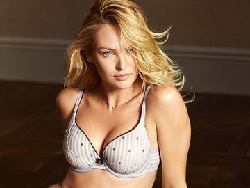 Кэндис Свейнпол в рекламной кампании Victoria's Secret