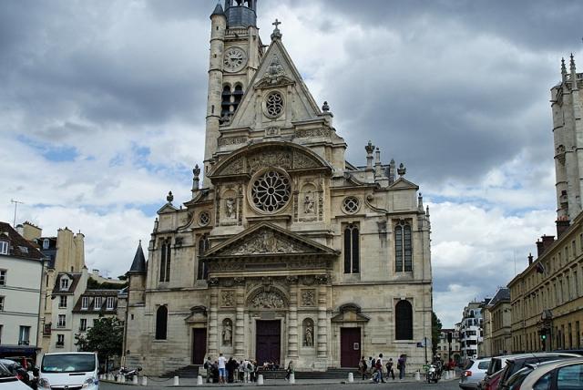 Полночь в Париже: Церковь Saint Etienne du Mont