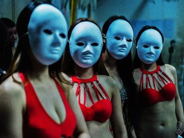 У Києві покажуть фотопроект про закулісне життя китайських нічних клубів