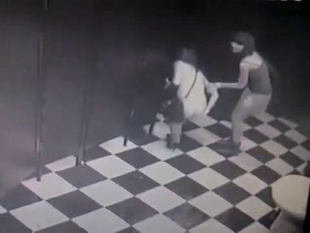Дальнобойщики порно в машине - порно видео