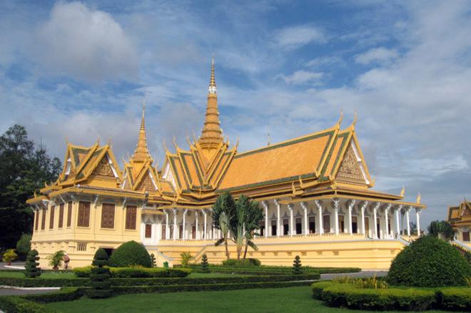Где живут короли: 10 потрясающих королевских резиденций