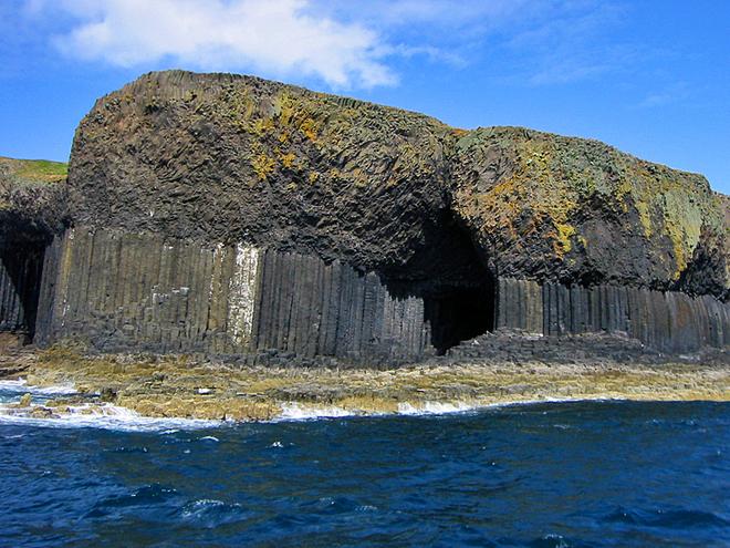 Печера Фінгала
