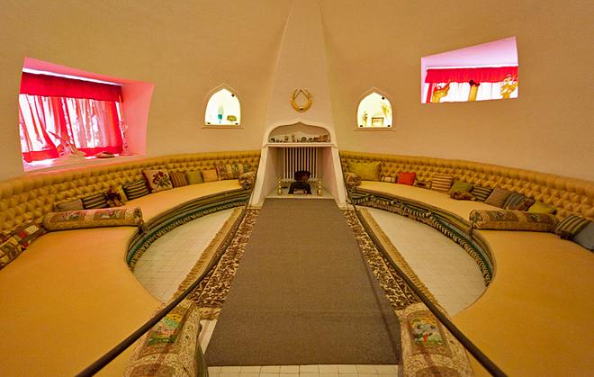 Арт-туризм: по стопах Сальвадора Далі: будинок-музей в Порт-Льгаїті