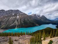 Лазурные реки в горах