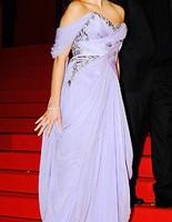 Названа краща сукня Канн-2009