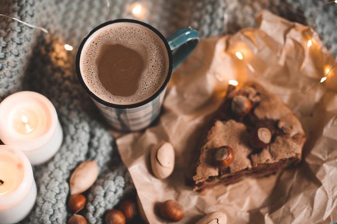 Шоколадна шарлотка