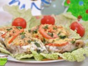 Рыбка с сыром и помидорами