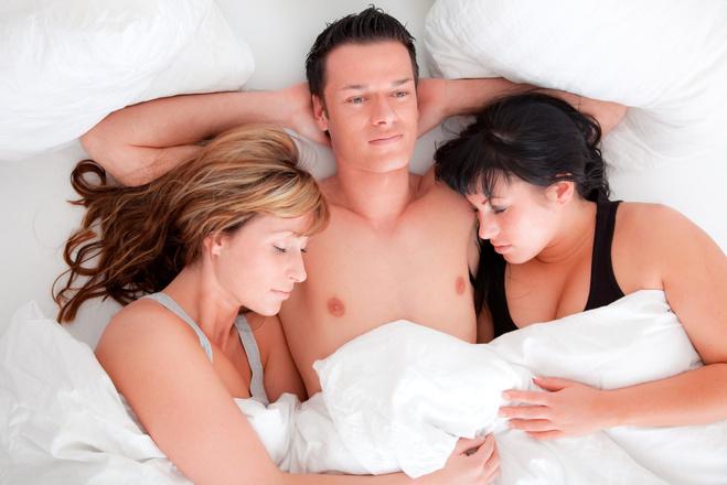 Секс втроем