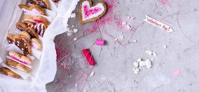 Що подарувати коханій людині на День святого Валентина: ідеї подарунків на будь-який смак і бюджет