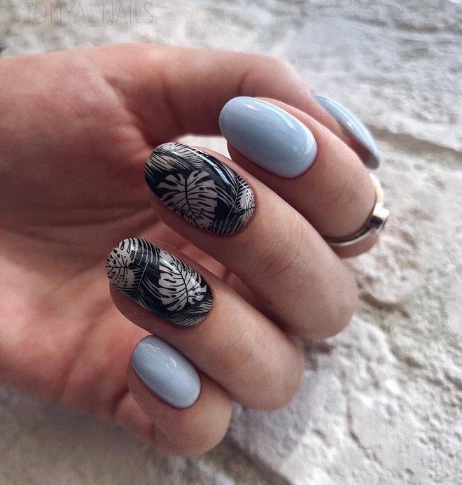 Модний манікюр 2021 для довгих нігтів