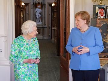 Королева Єлизавета II та Ангела Меркель