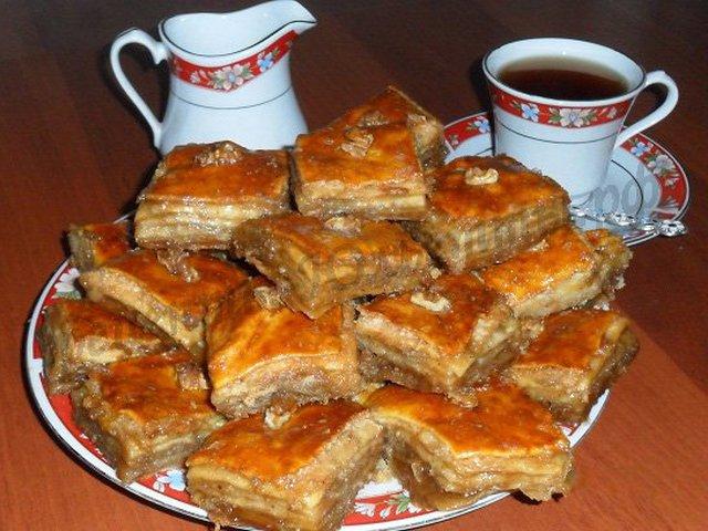 Видео рецепт пахлавы медовой с грецкими орехами