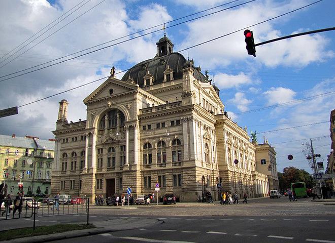 Оперный театр, Львов
