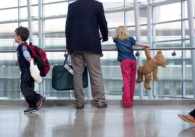Выезд детей за границу без родителей