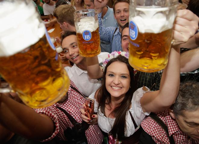 Алкотур: 10 самых популярных городов для любителей выпить
