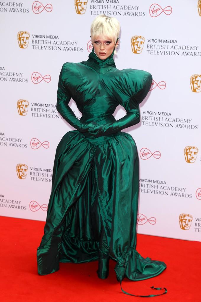 Біміні Бон-Булаш на BAFTA TV Awards 2021