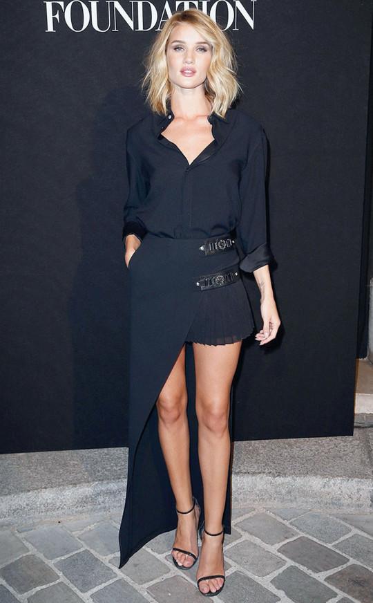 Star look: Джулия Робертс, Пенелопа Крус и другие звезды на Неделе высокой моды в Париже