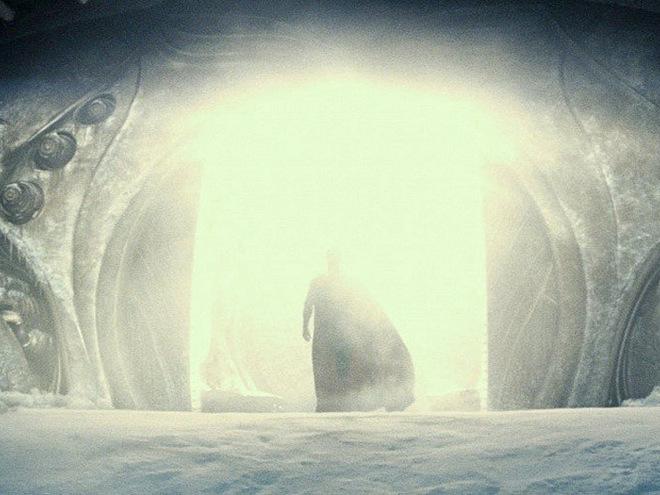Кадри з фільму Людина зі сталі