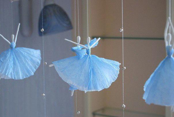 Милые балеринки из проволоки и салфеток