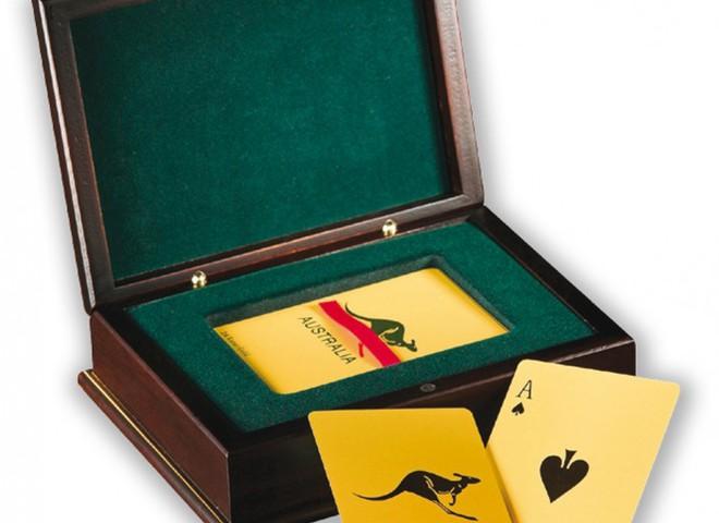 Набір гральних карт з золота коштує $14 тис.