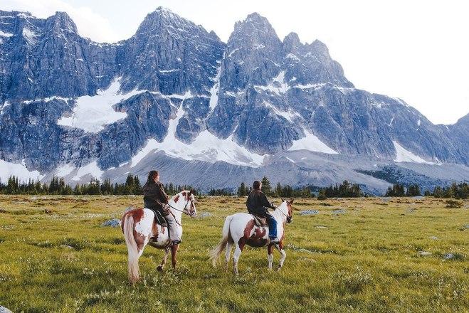 Фотопутешествие: удивительные горы Канады