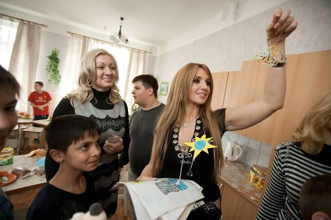 Марченко у дитбудинку