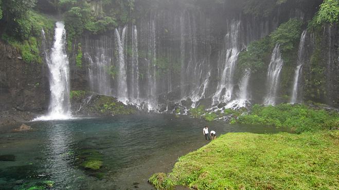 Водопад Shiraito