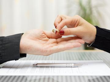 Жахливі цифри про шлюб: що утримує людей від розлучення