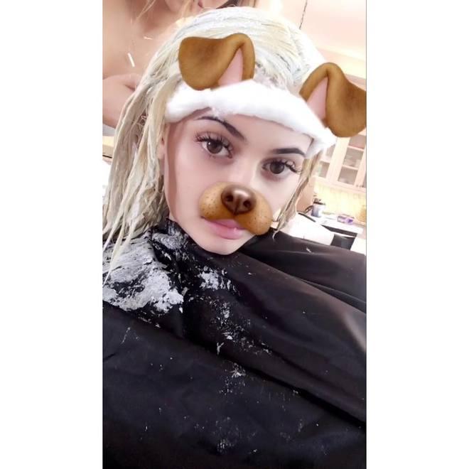 Сестра Ким Кардашьян стала блондинкой