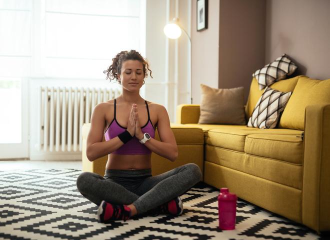 5 простих вправ для красивого тіла, які можна робити не виходячи з дому