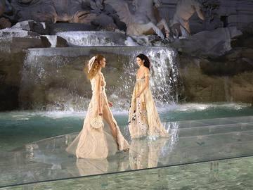 Показ Fendi Couture осень-зима 2016/2017