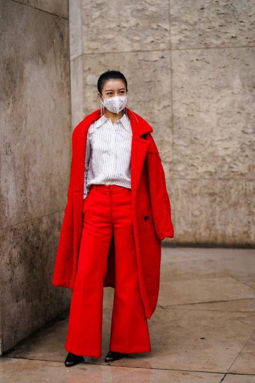 Безопасный street-style: как носить маску и оставаться привлекательной