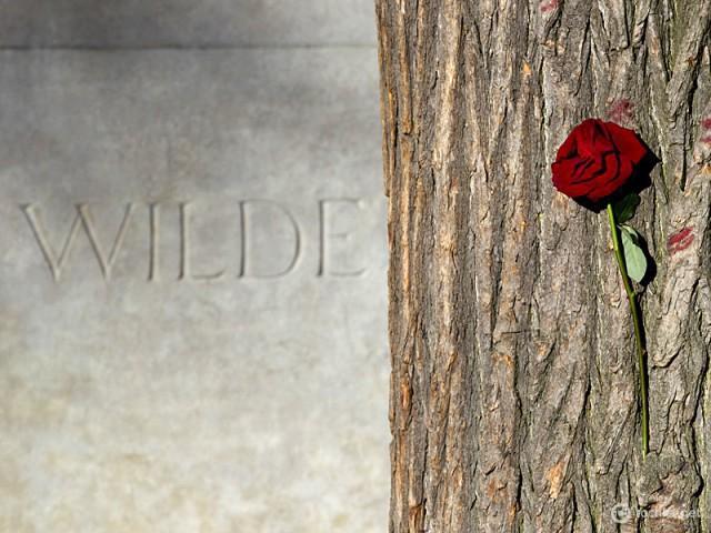Могили для поклоніння: Оскар Уайльд