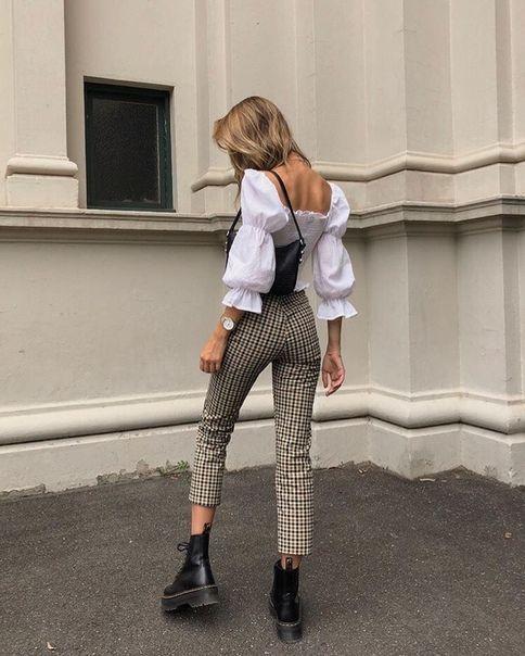 Кроме душных офисов: как и с чем носить блузку, чтобы не выглядеть строго