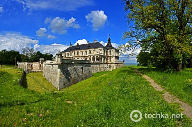 Топ-5 замков, которые стоит посетить в Украине