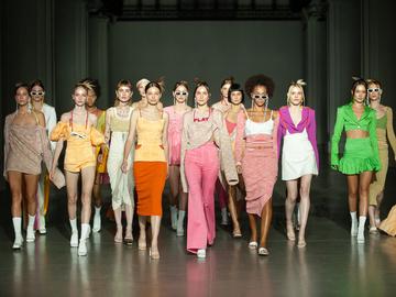 Показ Chuprina на Ukrainian Fashion Week noseason sept 2021