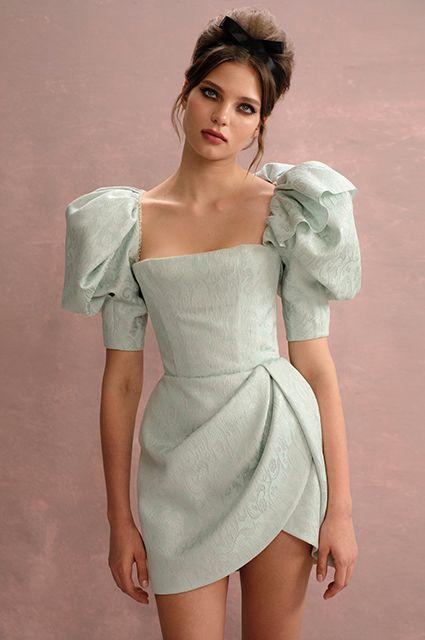 Платье на выпускной 2020