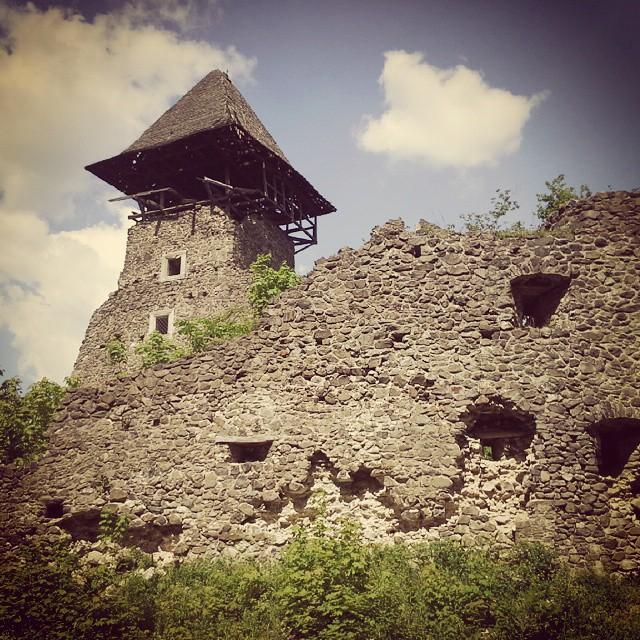 замки Закарпаття