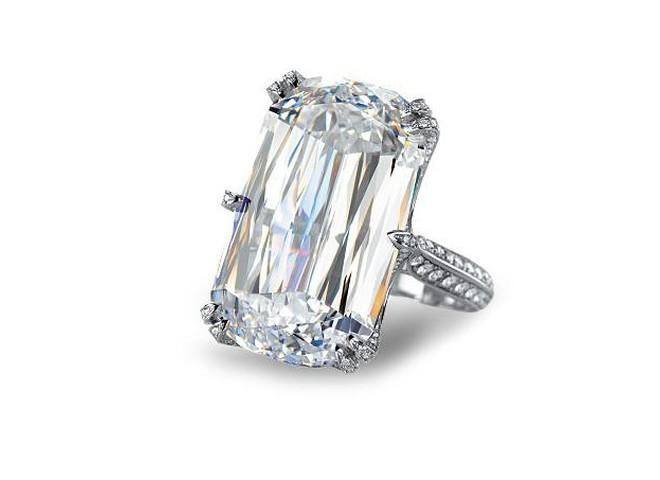 Chopard  продает кольцо за $7 млн
