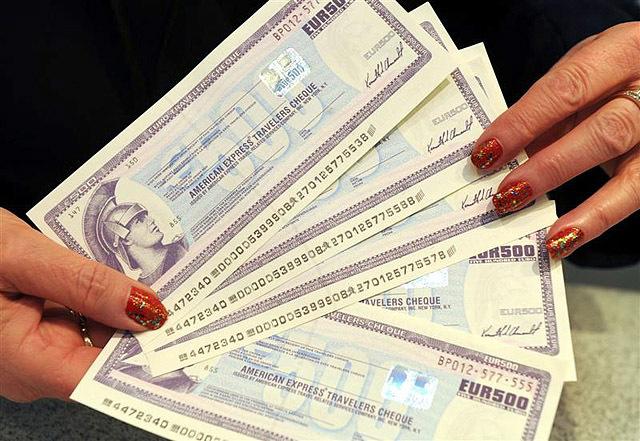 Дорожные чеки - что это такое, и как ими рассчитываться