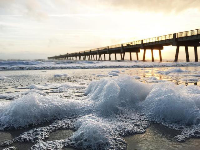 Подорожуємо з Instagram: здрастуй небо, море, хмари