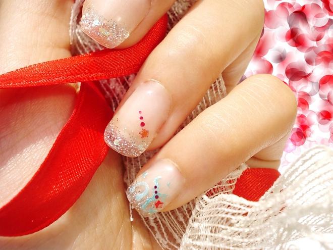 новогодний маникюр 2012
