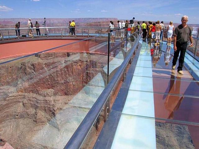 Оглядовий майданчик Grand Canyon Sky Wall
