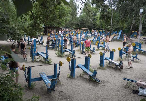 Суровая качалка в Киеве