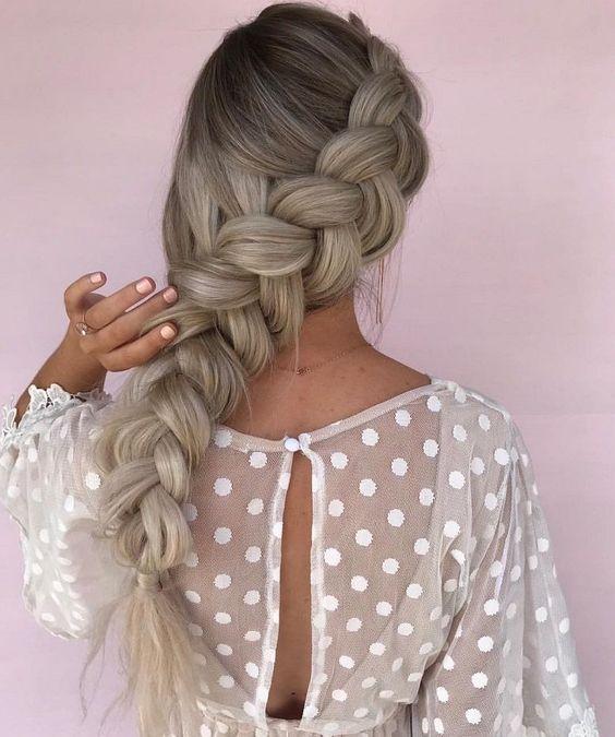 Модные прически с косами 2018
