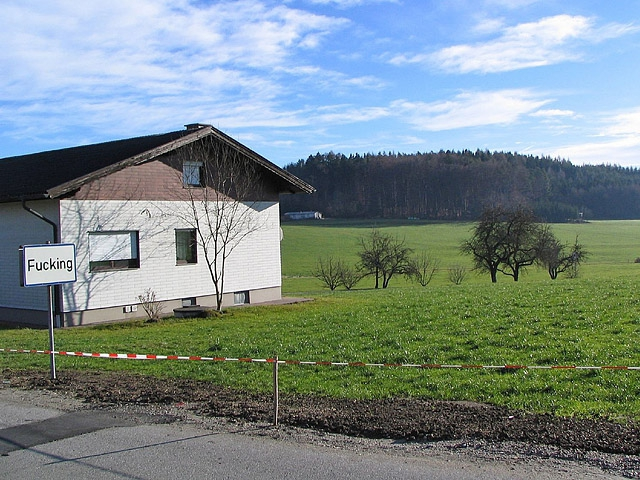 Смешные названия населенных пунктов: Fucking, Австрия
