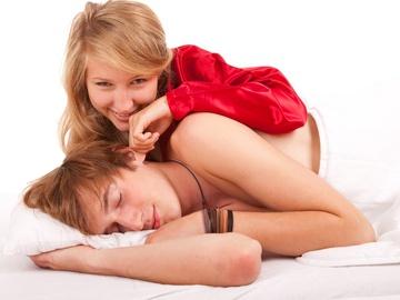 чоловіки засинають одразу після сексу
