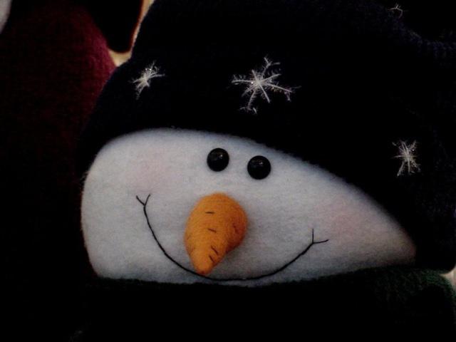С Новым годом от снеговичка